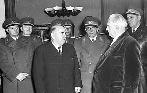 Ernst Wollweber (t.v.) - DDRs Stasi-sjef 1954-58