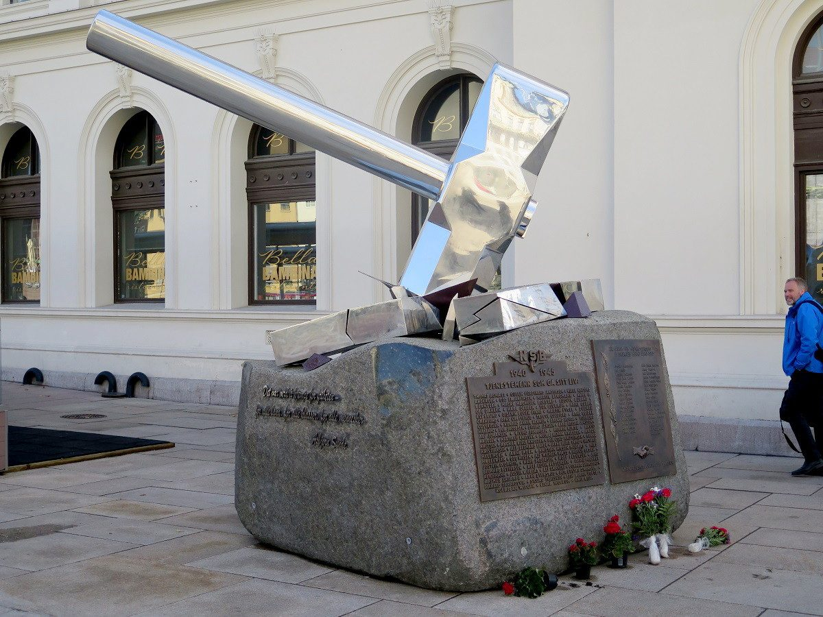 Osvald-monumentet: Historieløst
